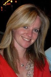 Amanda J Batchelor